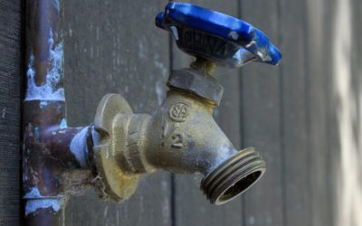 4 Crucial Signs That Your Water Heater Needs to Be Serviced