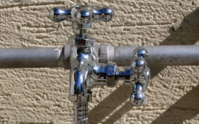 Understanding When You Need To Hire A Repipe Plumber